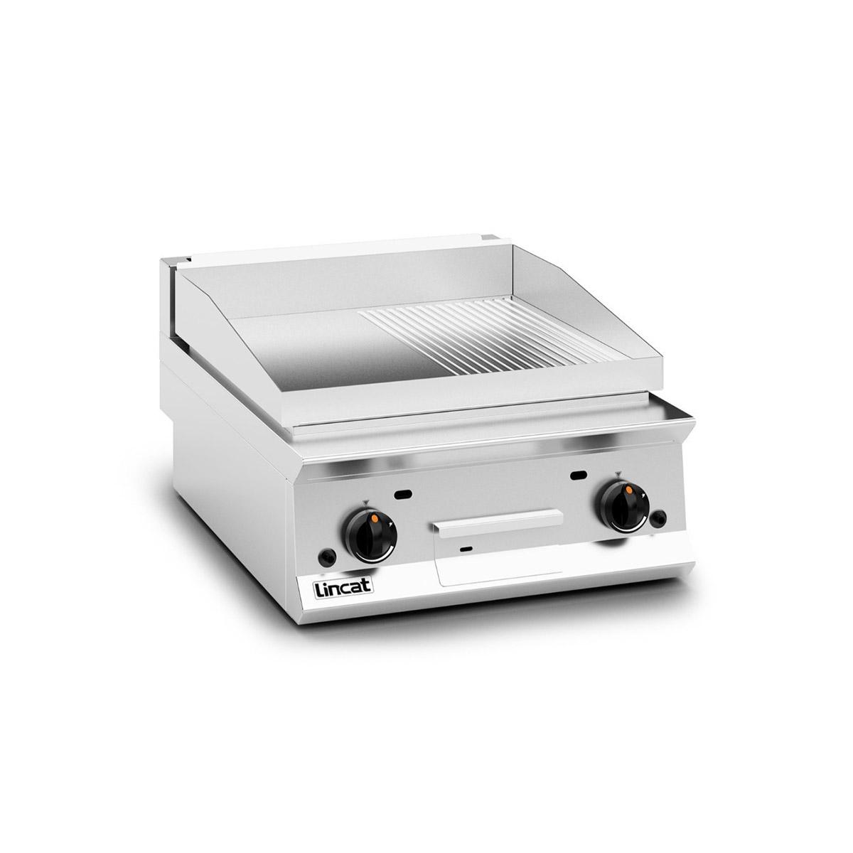 Lincat Opus 800 Half Ribbed Gas Griddle Model: OG8201/R/N (Natural Gas)